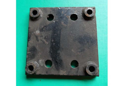 NATO / Military Tow Jaw to Civilian Crossmember Adaptor Plate 245599