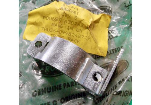 Bracket Indicator Switch Stalk Series 3 575390