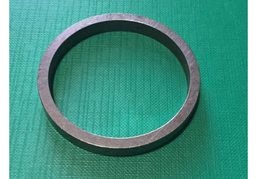 Bottom PTO Output Shaft Bearing to End Cover Spacer Ring 580297