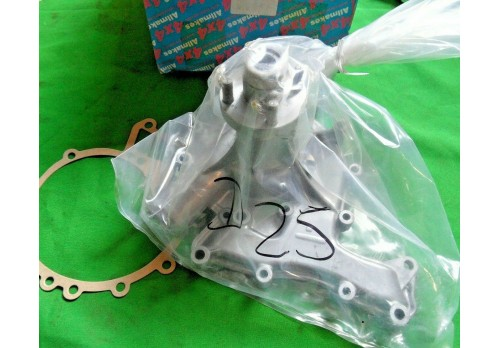 Water Pump V8 with Viscous Fan and NO Air Con STC487